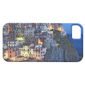 Italy, Manarola. Dusk falls on a hillside town iPhone SE/5/5s Case