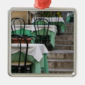 ITALY, Sicily, TAORMINA: Corso Umberto 1, Cafe Christmas Ornament