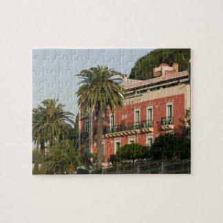 ITALY, Sicily, TAORMINA: Hotel Schuler Puzzle