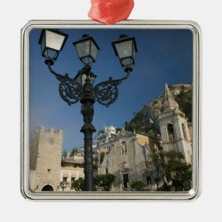 ITALY, Sicily, TAORMINA: Piazza iX Aprile, San Christmas Ornament