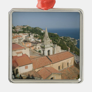 ITALY, Sicily, TAORMINA: View towards Piazza IX Ornaments