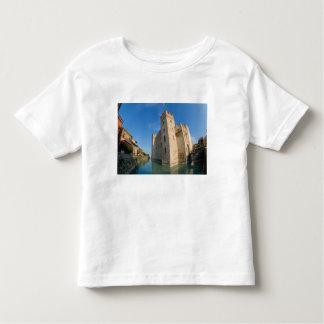 Italy, Sirmione, Lake Garda, the Scaliger Toddler T-shirt