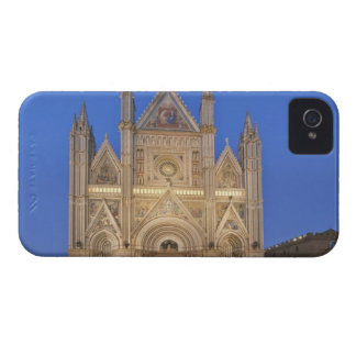 Italy, Umbria, Orvieto, Orvieto Cathedral iPhone 4 Case-Mate Cases