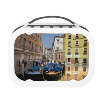 Italy, Venice, gondolas moored along canal Yubo Lunch Box