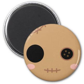 Itami la cabeza de la muñeca del vudú imán redondo 5 cm
