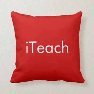 'iTeach/iLearn' Pillows