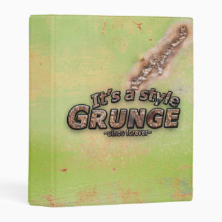 It's My Style GRUNGE Rusty Letters Mini Binder