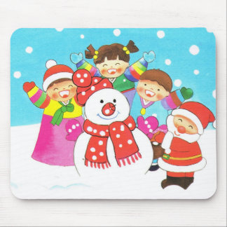 It's snow time! Merry Christmas, Kids in the snow Mouse Pad