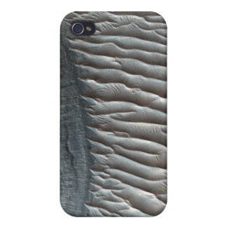 Ius Chasma, a large canyon on Mars iPhone 4/4S Case