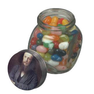 Ivan Kramskoy: D. I. Mendeleev Glass Jars
