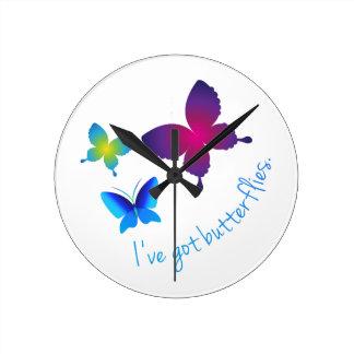 Ive consiguió mariposas relojes