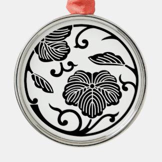 Ivy branch circle christmas tree ornaments
