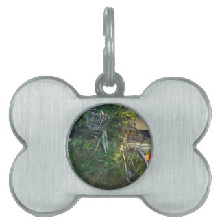 ivy covered bike pet tag