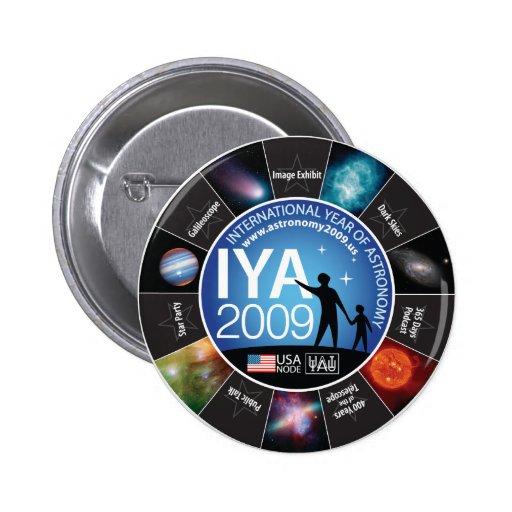 IYA 2009 PIN REDONDO DE 2 PULGADAS