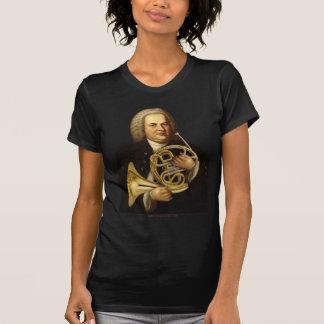J.S. Bach con el cuerno Camisetas