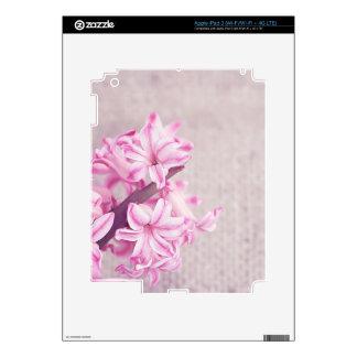 Jacinto rosado en punto del blanco iPad 3 pegatinas skins