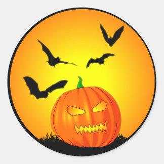 Jack-O-Linterna de la luna de Halloween Pegatina Redonda