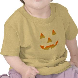 Jack-O-Linterna que brilla intensamente Camisetas