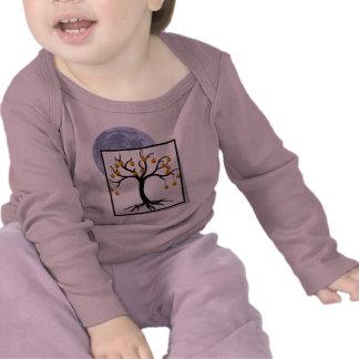 Jack-o-Linternas del árbol de Halloween y Luna Lle Camisetas
