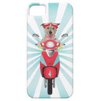 Jack Russell Terrier en el ciclomotor rojo Funda Para iPhone 5 Barely There