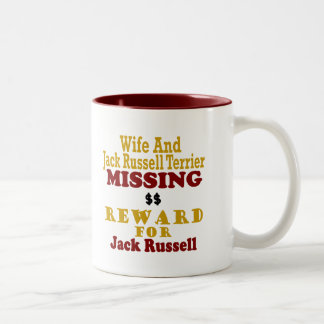 Jack Russell Terrier y recompensa que falta de la  Tazas