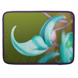 "Jade Blossom Macbook Pro Case (15"")"