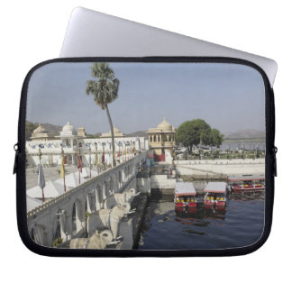 Jag Mindar Palace, Lake Pichola, Udaipur, India. Laptop Sleeve