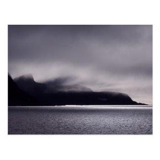 Jagged shores in Svalbard, (Spitsbergen) Postcard