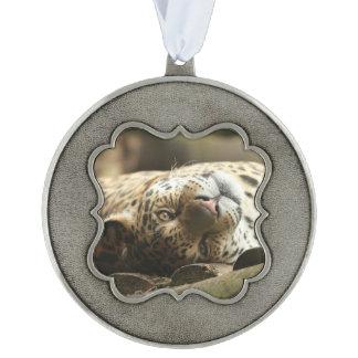 Jaguar de reclinación adorno ondulado de peltre