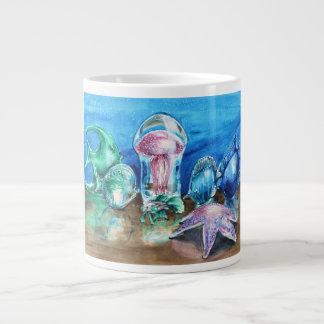 Jalea debajo de la taza enorme de cristal taza grande