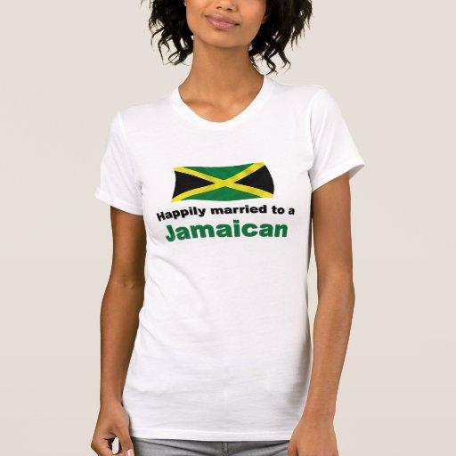 Jamaicano feliz casada camisetas