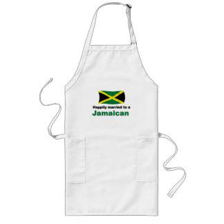 Jamaicano feliz casada delantales