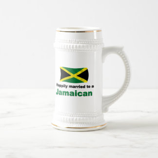 Jamaicano feliz casada taza de café
