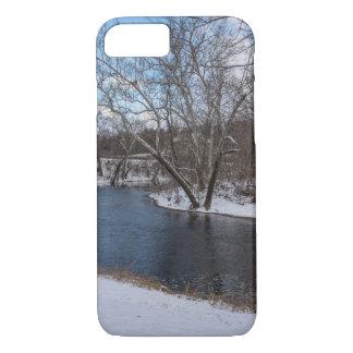 James River Cuts Back iPhone 7 Case