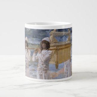 James Tissot - los pasos de la arca sobre la Jorda Taza De Café Gigante