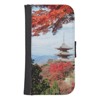 Japan, Kyoto. Kiyomizu temple in Autumn color Galaxy S4 Wallet Case