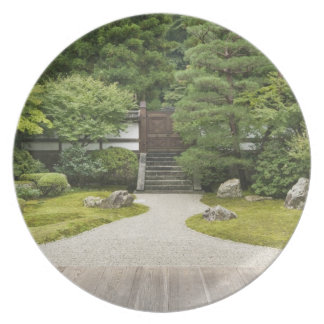 Japan, Kyoto, Sennyuji Temple Garden Dinner Plate