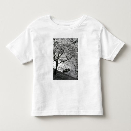 Japan, Tokyo. Cherry blossoms in the Imperial T Shirt