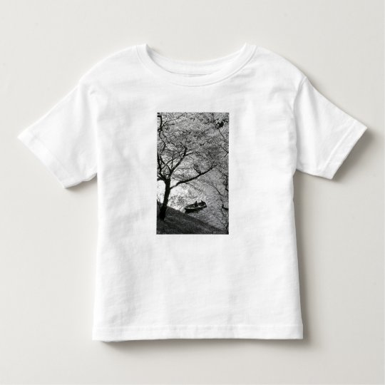 Japan, Tokyo. Cherry blossoms in the Imperial Toddler T-shirt