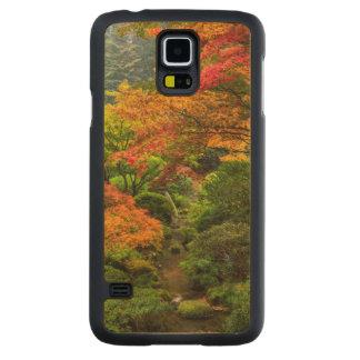 Japanese Gardens In Autumn In Portland, Oregon 2 Carved® Maple Galaxy S5 Slim Case