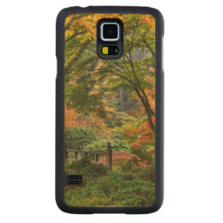 Japanese Gardens In Autumn In Portland, Oregon 4 Carved Maple Galaxy S5 Case