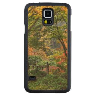 Japanese Gardens In Autumn In Portland, Oregon 4 Carved® Maple Galaxy S5 Slim Case