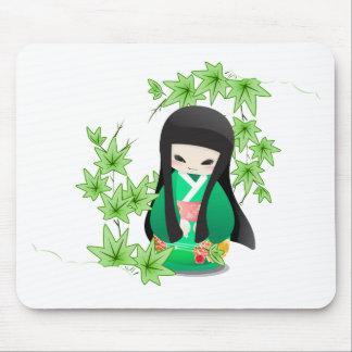 Japanese Geisha Doll - green series Mouse Pad