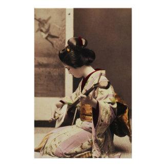 Japanese geisha playing the shamisen stationery