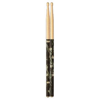 Japanese Green Leaves Drumsticks