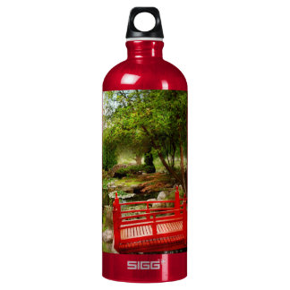 Japanese - Harmony and Nature SIGG Traveler 1.0L Water Bottle