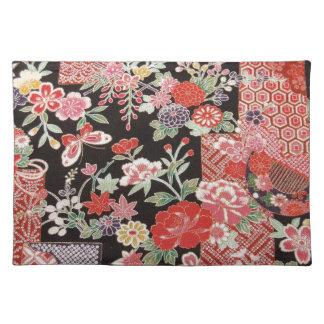 Japanese KIMONO Textile, Floral Pattern Place Mat