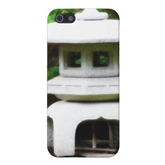 Japanese Pagoda Lantern Garden Statue iPhone SE/5/5s Case