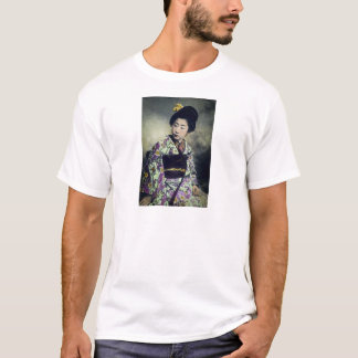 Japanese Vintage Geisha Beauty Magic Lantern Slide T-Shirt