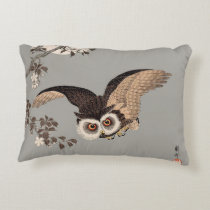 Japanese Woodcut print art flying owl Decorative Pillow